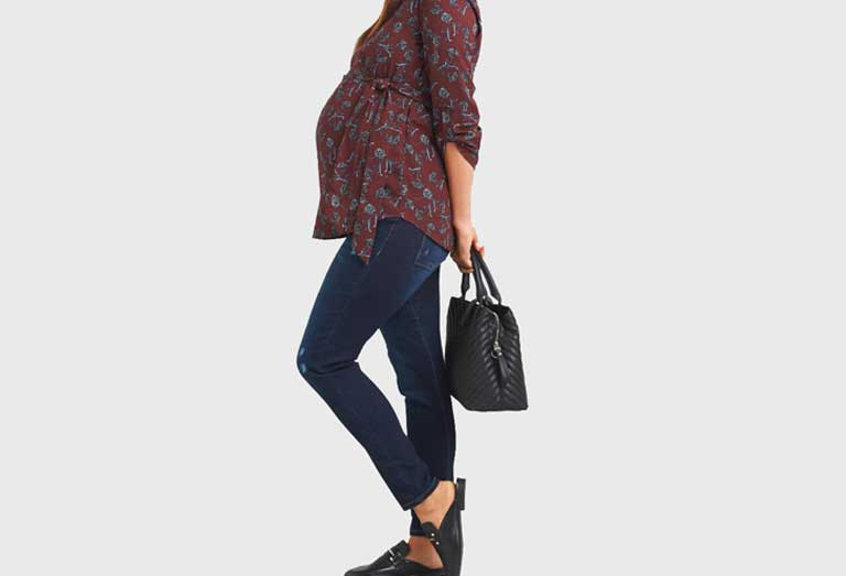 Best-Jeans-for-Big-Belly-and-Skinny-Legs